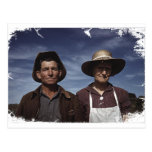 Granjero y esposa de la granja tarjetas postales