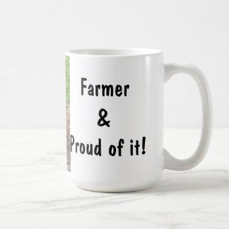 ¡Granjero y orgulloso de él! Taza de la vaca