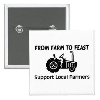 Granjeros de la ayuda de la granja a festejar pin cuadrada 5 cm