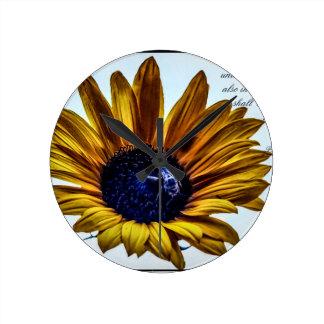 grannys-sunflower round clock