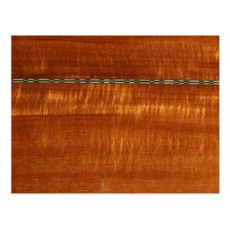 Grano de madera de oro con el fondo del embutido tarjetas postales