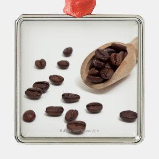 granos de café de la carne asada con la cucharada ornamentos de reyes