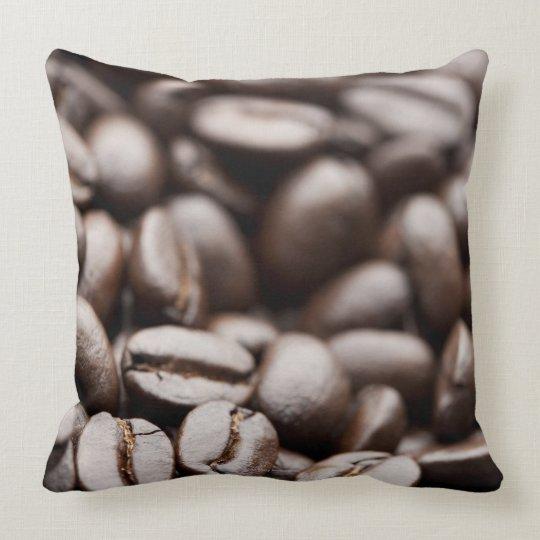 Granos de café orgánicos de la montaña púrpura de cojín decorativo