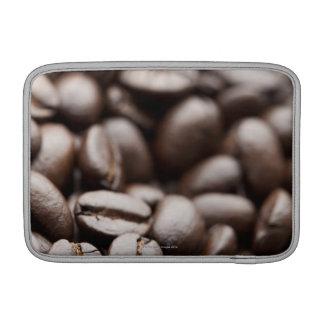 Granos de café orgánicos de la montaña púrpura de  funda macbook air