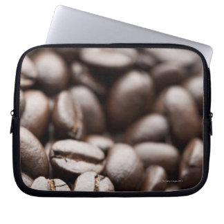 Granos de café orgánicos de la montaña púrpura de  funda ordendadores