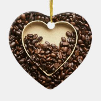 Granos y corazón de café ornatos