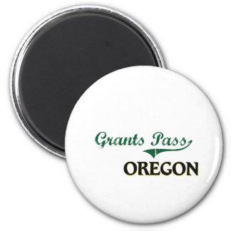 Grants Pass Oregon Classic Design 2 Inch Round Magnet