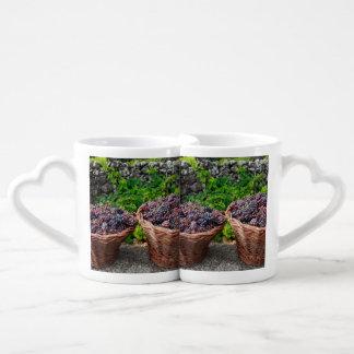 Grape harvest coffee mug set