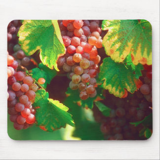 Grapes 01 mouse pad