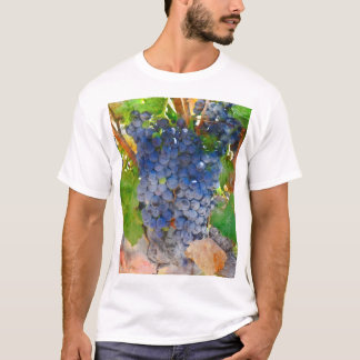Grapes on the Vine in Napa Valley California T-Shirt