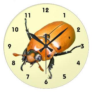 Grapevine Beetle ~ clock