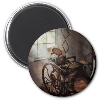 Graphic Artist - The humble printing press Magnet