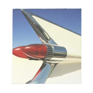 Graphic: Close-up of fin and taillight on Memo Pad