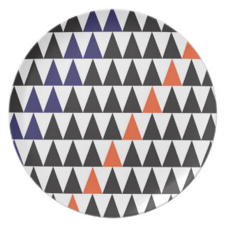graphic triangle dinner plate