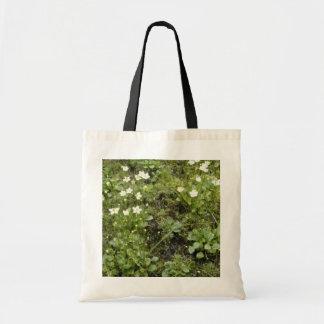 Grass-Of-Parnassus (Parnassia Glauca) flowers Budget Tote Bag