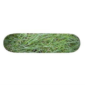 Grass Skateboard Pro