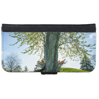 Grass Themed, A Woman Leans Against A Tree On A Br Wallet Phone Case For iPhone 6/6s