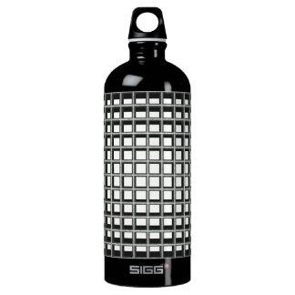 grate SIGG traveler 1.0L water bottle