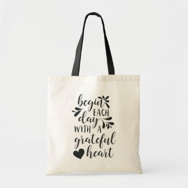 RedwoodAndVine Grateful Heart | Hand Lettered Typography Quote Tote Bag