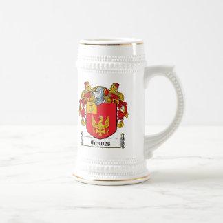 Graves Family Crest 18 Oz Beer Stein