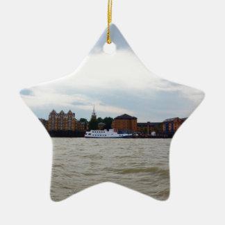 Gravesend en Kent Adorno Navideño De Cerámica En Forma De Estrella