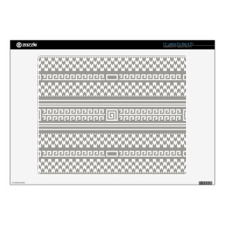 """Gray And White Houndstooth With Spirals 14"""" Laptop Skin"""