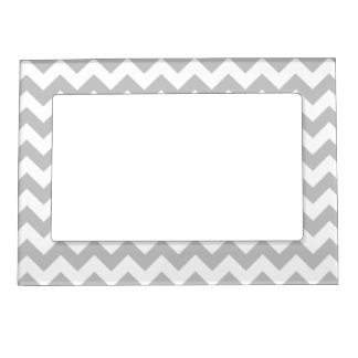 Gray and White Zigzag Chevron Pattern Magnetic Photo Frame