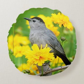 Gray Catbird on wooden fence Round Pillow