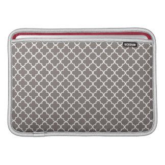 Gray Quatrefoil Clover Pattern Macbook Air Sleeve