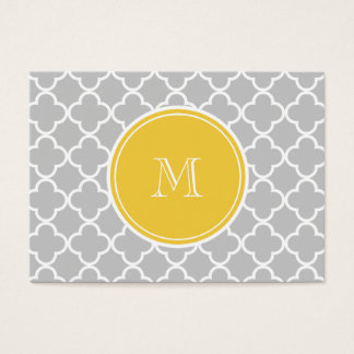 Gray Quatrefoil Pattern, Yellow Monogram Business Card