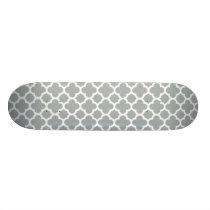 Gray Quatrefoil Trellis Pattern Skateboard