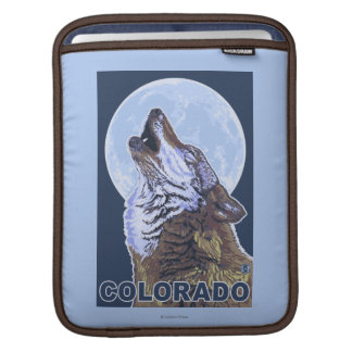 Gray Wolf HowlingColorado iPad Sleeve