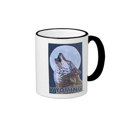 Gray Wolf HowlingWyoming Mug