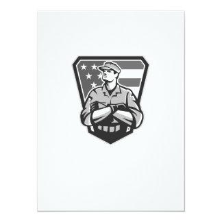 """Grayscale doblado brazos americanos de la bandera invitación 5.5"""" x 7.5"""""""