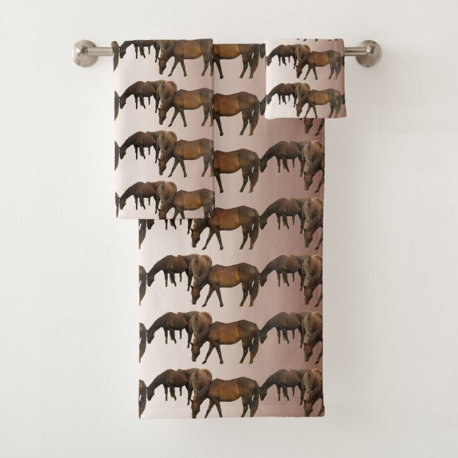 Grazing Brown Horses Pattern Bath Towels