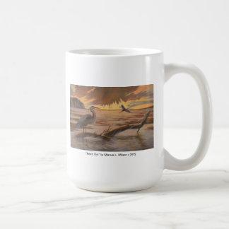 Great Blue Heron In Tillamook Bay Tidelands mug