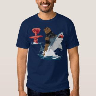 Great Escape - caballería del tiburón del oso Playeras