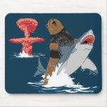 Great Escape - caballería del tiburón del oso Tapetes De Raton