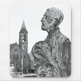 Great Famine of Ireland statues in Dublin Mouse Pad