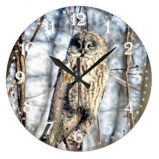 Great Gray Owl - Creamy Brown Watcher Wallclock