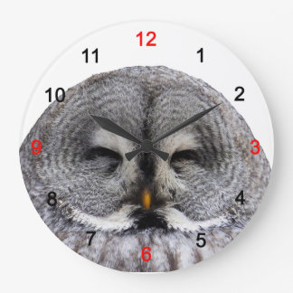 Great grey owl large clock