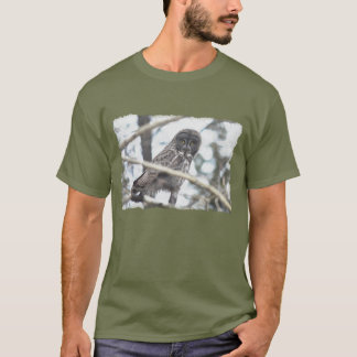 Great Grey Owl with Mouse Wildlife Art T-Shirt