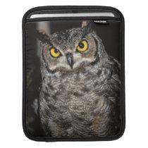 Great Horned Owl  2 iPad Sleeve