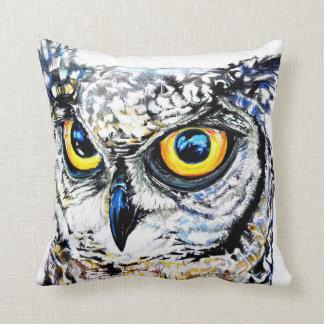 Great Horned Owl 41 x 41cm Throw Pillow