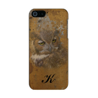 Great Horned Owl Faded on Old Wood, Monogram Metallic Phone Case For iPhone SE/5/5s