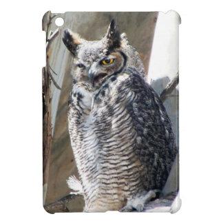 Great Horned Owl Fledgling Photo Design iPad Mini Case