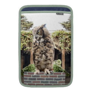 Great Horned Owl Sleeve For MacBook Air