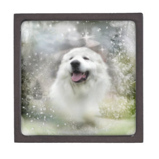 Great Pyrenees Winter Scene Premium Gift Box
