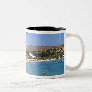 Grecia, isla de Paros, playa de Krios desde arriba Taza De Dos Tonos