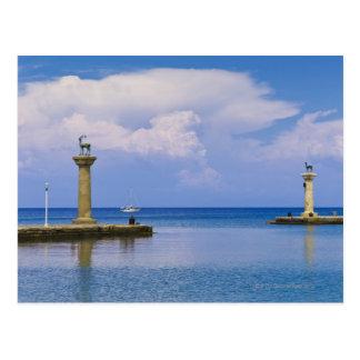Grecia Rodas estatua de los ciervos en el puerto Postales
